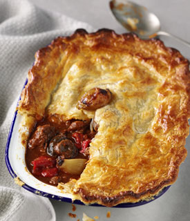 Sweet-spiced Beef Goulash Pie