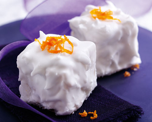 Snowy Clementine Cakes